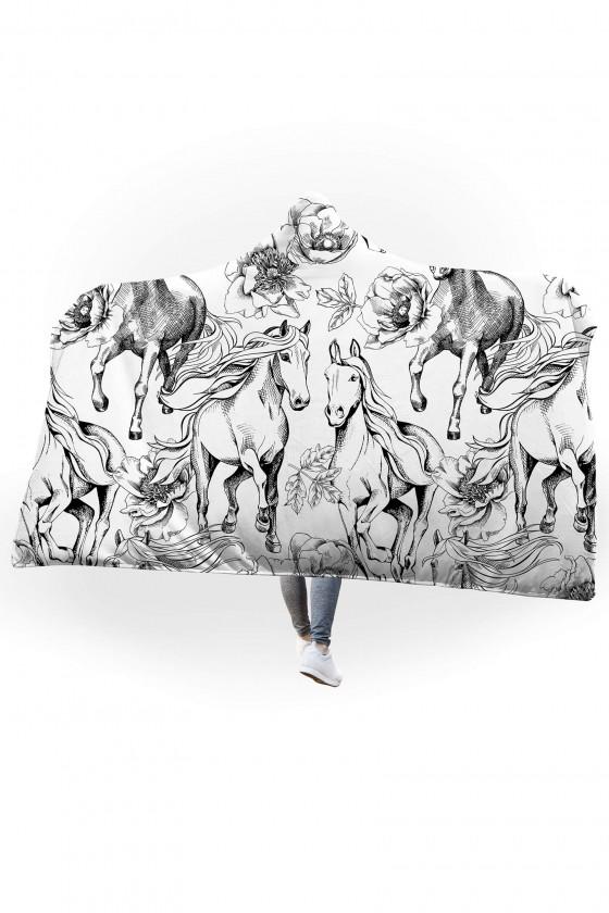 Koc pluszowy z kapturem Czarno-białe konie